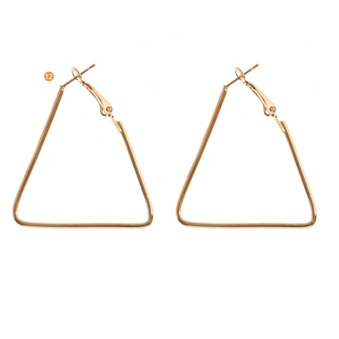 Argolla Triangulo 4.5  cm x1u